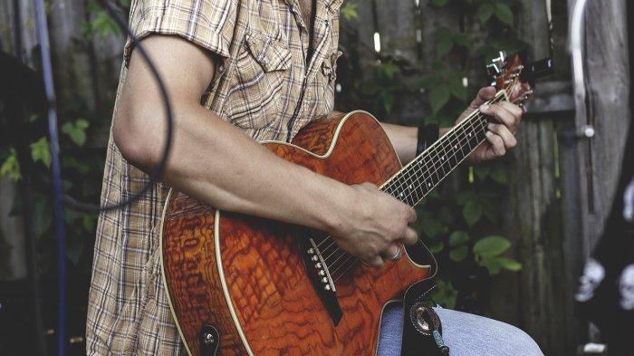 Chord Gitar Lagu Putus atau Terus – Judika, Lengkap dengan Lirik Lagunya